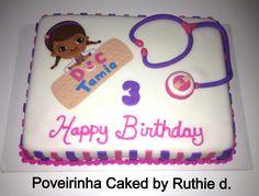 Doc McStuffins birthday cake. Poveirinha Cakes by Ruthie de Castro.