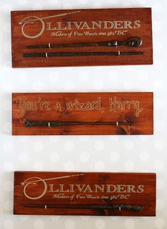 Use vinyl and your Silhouette Cameo to create these wand holders as a way to display your souvenirs from the Wizarding World of Harry Potter. Harry Potter Display, Harry Potter Pin, Harry Potter Room, Harry Potter Theme, Harry Potter Birthday, Silhouette Cameo, Harry Potter Bathroom, Diy Wand, Harry Potter Halloween