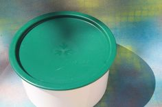 Vintage Tupperware One Touch Seal Canister 2709A-1 White with Hunter Green Lid