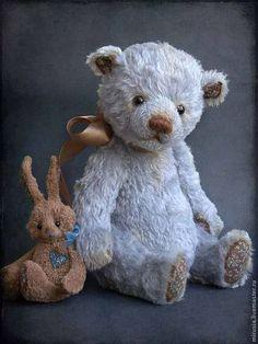 Купить или заказать Алёша. в интернет-магазине на Ярмарке Мастеров. Алёша - милый застенчивый мальчик. Ещё совсем маленький :) Очень любит свою игрушку-зайчика. Набивка средней плотности. Не стоит.