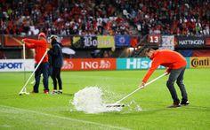 de2bf29f2a1 Euroopa meistrivõistlused veerandfinaali Rotterdamis tõttu tühistatud  halbade ilmastikutingimuste | Välisminister jalgpalli | AD.nl