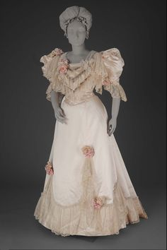 edwardian-time-machine:  Woman's dressFrenchAbout 1894House of Pingat (French French)Source