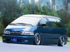 Theme Tuesdays: Toyota Estima/Previas - Stance Is Everything Toyota Previa, Mini Vans, Toyota Van, Lexus Cars, Ford Expedition, Sweet Cars, Ford Explorer, Vroom Vroom, Issa