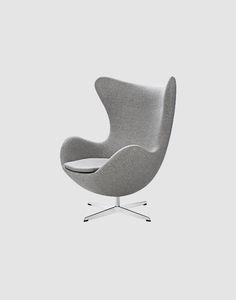 Cadeira Egg Arne Jacobsen em tecido com pés metálicos | Entre Design