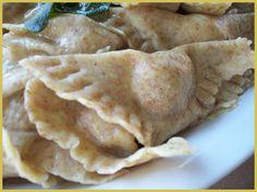 Casoncelli con farina di farro http://dirittierovesci.blogspot.it/2010/11/autunno.html