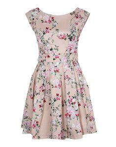Elegantes Kleid in floralem Muster - perfekt für den kommenden Frühling und Gartenpartys! Das It-Piece ist von Closet London @ABOUT YOU http://www.aboutyou.de/p/closet-london/kleid-2246510?utm_source=pinterest&utm_medium=social&utm_term=AY-Pin&utm_content=2016-03-KW-13&utm_campaign=Spring-Board
