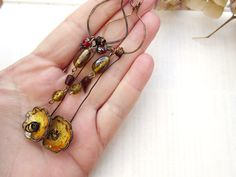 Long and aerial earrings  for : Complicity by annemarietollet