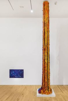 Institute Of Contemporary Art, Contemporary Artists, Museum Of Fine Arts, Art Museum, Textile Courses, Sheila Hicks, New York Art, Open Field, Yarn Ball