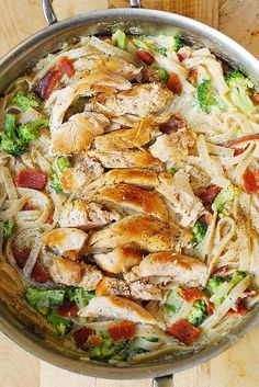 These chicken recipes are family friendly, easy to make and obviously delicious! Pin this to your board to you can use whenever you like!