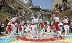 Festa do Corpus-Christi de Redondela, Danza das Espadas. Galicia. Spain.
