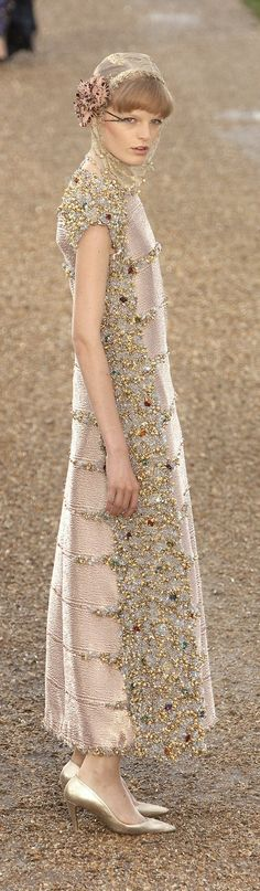 Chanel Fall 2007 . . . A bit much for me but the simple & elegant lines ... Kind of perfect.