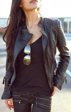 Luciana Alves Personal Stylist -Jaqueta de couro. Saiba mais sobre a versatilidade da jaqueta de couro e entenda porque ela pode ser usada em quase qualquer tipo de ocasião.