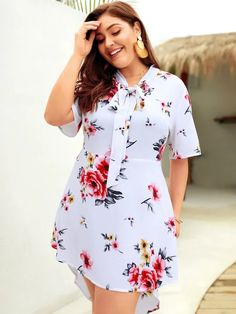 Plus Size Floral Half Sleeve Tie Blouse Dress Elegant Summer Dresses, Plus Size Summer Dresses, Summer Dresses For Women, Simple Dresses, Formal Dresses, Plus Size Bikini Bottoms, Women's Plus Size Swimwear, Curvy Outfits, Plus Size Outfits