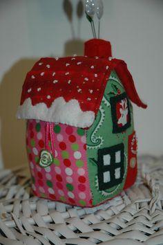 Little House Pincushion Tutorial - thanks, Jo Avery!