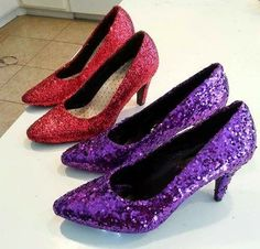 Give an old pair of heels some new life with this easy craft shared by Duchess Diva Deb of the Order of the Drama Queens Chapter. Red Glitter Shoes, Sparkle Shoes, Dusty Purple, Red Purple, Red Hat Club, Glitter Hair Spray, Glitter Vinyl, Muses Shoes, How To Make Red