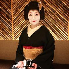 正月バージョン『実佳子』 今年も米粒ももらって金運アップ。 #芸妓 #京都 #祇園 #実佳子 #gayfriendly