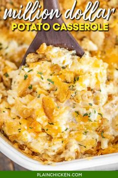 Million Dollar Potato Casserole – We are obsessed with this casserole! SO creamy Quick Side Dishes, Potato Side Dishes, Veggie Side Dishes, Food Dishes, Chicken Side Dishes, Chicken Soups, Cheesy Chicken, Lemon Chicken, Grilled Chicken