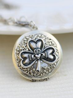 Locket measures approximately and necklace measures approximately 18 inches. This silver plated chain measures 18 inches. Celtic Shamrock, Antique Locket, Antique Jewelry, Vintage Jewelry, Claddagh Tattoo, Jewelry Gifts, Jewelery, Jewelry Ideas, Handmade Jewelry