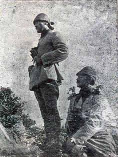 """x...........Atatürk'ün pek görülmemiş Çanakkale Savaşı fotoğrafı (1915)  """"Donanma Dergisi"""""""