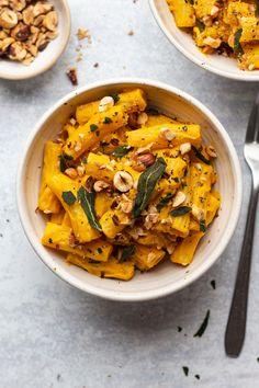Vegan pumpkin alfredo #healthydinner #easydinnerideas #easyrecipes