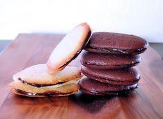 Homemade Milano Cookies #DIY #dessert #cookies