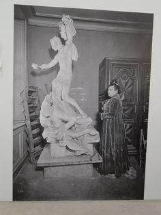 Camille Claudel and her Persée et la Gorgone - Plaster