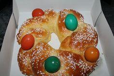 Osterkranz, ein raffiniertes Rezept aus der Kategorie Kuchen. Bewertungen: 95. Durchschnitt: Ø 4,5.