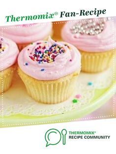 Recipe 30 Second Cupcakes by littlebeccyhomemaker, learn to make this recipe easily in your kitchen machine and discover other Thermomix recipes in Baking - sweet. Thermomix Cupcakes, Thermomix Desserts, Thermomix Recipes Healthy, Cupcake Recipes, Cupcake Cakes, Cup Cakes, Bakery Recipes, Cupcake Ideas, Cheddarwurst Recipe