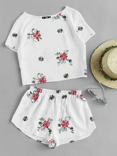Shop Flower Embroidered Top And Shorts Pajama Set online. SheIn offers Flower Embroidered Top And Shorts Pajama Set & more to fit your fashionable needs.