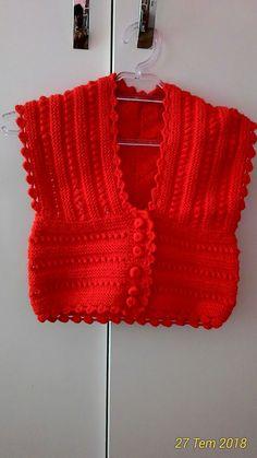 KIZ ÇOCUK CEPKEN YELEK TARİFİ Knit Baby Dress, Baby Scarf, Crochet For Kids, Crochet Baby, Knit Crochet, Woolen Sweater Design, Punjabi Wedding Suit, Ladies Suits Indian, Pullover Design