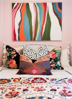 jamie meares bedroom, suzani bedspread, mix of pillows, kilim, granny chic, abstract art, pink walls, hotel bedding, eclectic style, furbish studio #daretomix