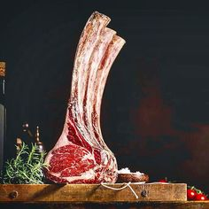 Pure. Unadulterated. Prime-grade. Dry-aged. Bone-in. Tomahawk Ribeye SteakPorn. . Courtesy: Francesco Tonelli . . . . . Blog: http://ift.tt/1vCV6pv #myfoodeatsyourfood #chef #grill #grilling #bbq #barbecue #parrilla #asado #backyardbbqhero #beef #beefitswhatsfordinner #carne #churrasco #prime #meat #meatlover #carnivore #paleo #glutenfree #feast #instagood #foodstagram #foodgasm #foodpics #steak #steakporn #getinmybelly #beautifulcuisines #firemakeseverythingbetter