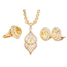 VAN CLEEF & ARPELS Lucille Ball's Estate Yellow Gold Jewelry Set | From a unique collection of vintage more jewelry at https://www.1stdibs.com/jewelry/more-jewelry-watches/more-jewelry/