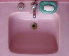 50s pink sink