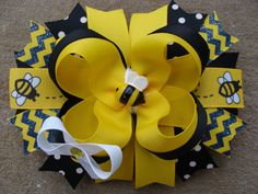 Items similar to Bumble Bee Hair Bow Large Hair Bow boutique Hair Bow yellow and black hair bow on Etsy Black Hair Bows, Large Hair Bows, Flower Hair Bows, Flowers In Hair, Making Hair Bows, Bow Making, School Hair Bows, Disney Hair Bows, Stacked Hair