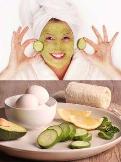 DIY Facials To Try At Home Today - Easy DIY Cucumber and Avocado Face Mask - facial au concombre Egg Face Mask, Face Mask For Pores, Avocado Face Mask, Acne Face Mask, Face Face, Face Skin, Oily Face, Easy Homemade Face Masks, Homemade Facial Mask