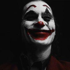 Joker Batman, Joker Cartoon, Joker Images, Joker Pics, Joker Iphone Wallpaper, Joker Wallpapers, Studio Portrait Photography, Photography Poses For Men, Joker Foto