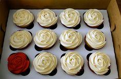 More rose cupcakes