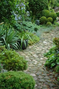 Stone Garden Path. I am working on paths now. Like this one...