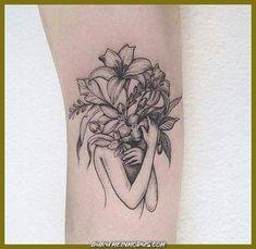 34 Ideas For Tattoo Frauen Oberarm Gesicht Mini Tattoos, Body Art Tattoos, Small Tattoos, Sleeve Tattoos, Tatoos, Bad Tattoo, Piercing Tattoo, Piercings, Pretty Tattoos