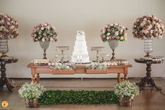 Mesa do bolo, casamento ao ar livre - Foto Nika Fadul