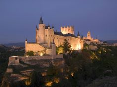 Segovia, Castile and Leon, Spain Future Travel, Spain Travel, Trip Planning, Places Ive Been, Tower, Exterior, Architecture, Medieval Clothing, Forts