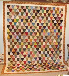 Tumbler Quilt - use your scraps! Tumbling Blocks Quilt, Quilt Blocks, Colorful Quilts, Small Quilts, Quilting Projects, Quilting Designs, Quilting Ideas, Tumbler Quilt, Quilting Board