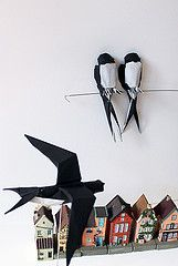 swallow (paper folding artist redpaper) Tags: paper origami swallow folding vision:text=057 jongiejupgi
