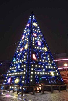 Madrid's Pac-Man Christmas tree