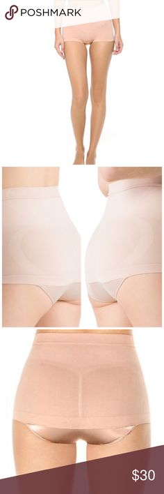 SPANX Slimmer & Shine HipNipper Panty Super Shaper See yourself in a different light with the latest seamless innovation from SPANX, an ultra-powerful hip nipper!you can shine on in this retro-inspired style, perfect for starlets on the red carpet and your special night out alike! Super-powerful, yarns feature tummy-targeted compression zone Seamless waistband Innovative seat release prevents uni-butt Slimming Level: Super-Duper Body: Nylon, Spandex/Elastane. Satin,Nylon, Spandex/Elastane…