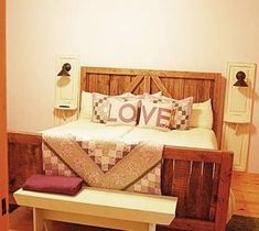DIY Pallet ideas for Home: Pallet Wood Up-cycled Into One Heavy Duty Barn Doo...
