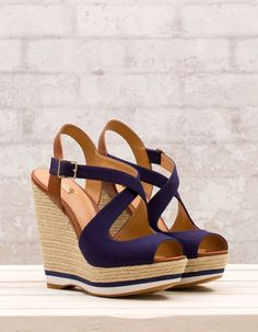 Navy Blue & Brown strappy wedges