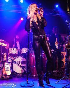 Natalie Bergman (@nataliebergman) of Wild Belle (@wild_belle) at @brighton_music last night. Photographed for @vanyaland617.  #wildbelle #nataliebergman #concertphoto #concertphotography #musicphotography #livemusic #brightonmusichall @music