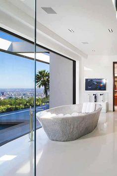 livingpursuit:  1181 North Hillcrest, California